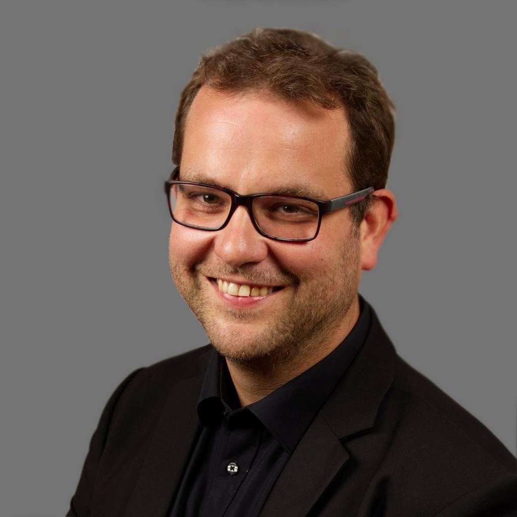 Tobias Schneider